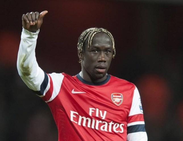 Football - Arsenal v Fulham - Barclays Premier League - Emirates Stadium - 18/1/14   Arsenal's Bacary Sagna celebrates at full time  Mandatory Credit: Action Images / Alan Walter  Livepic  EDITORIAL USE ONLY. No use with unauthorized audio, video, data, fixture lists, club/league logos or ìliveî services. Online in-match use limited to 45 images, no video emulation. No use in betting, games or single club/league/player publications.  Please contact your account representative for further details.