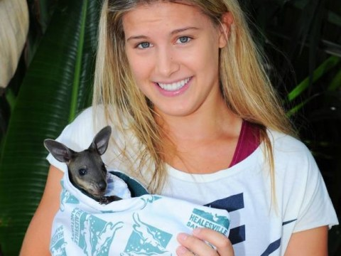 Australian Open 2014: Eugenie Bouchard cuddles up with more furry friends in Melbourne