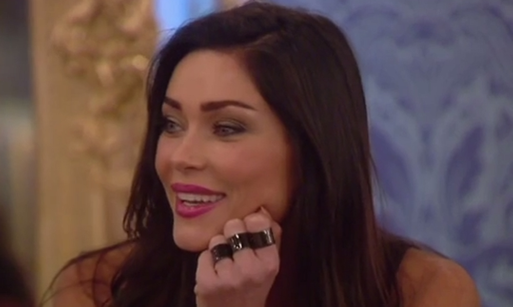 Celebrity Big Brother 2014: Jasmine Waltz leaves 'bunny boiler' Casey in tears with surprise return to house