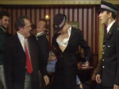 Drunk man arrested after mistaking police officer for a stripper