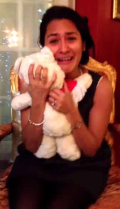 Is this the world's most romantic gift? Man reunites fiancée  with long-lost teddy
