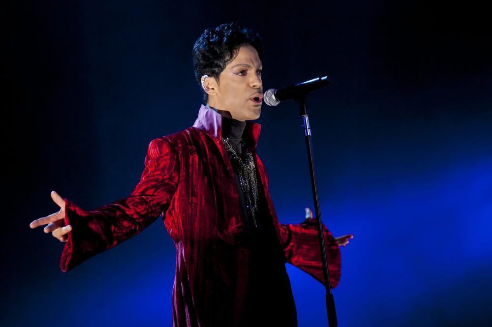 Prince teases at Glastonbury headline spot after surprise London performance