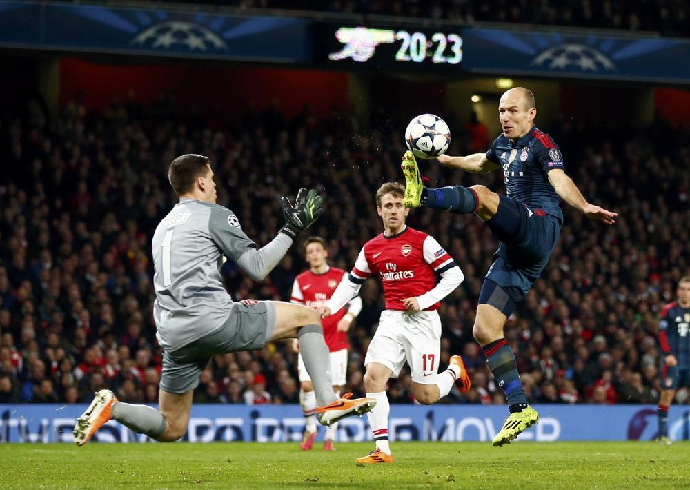 Arsenal missed Howard Webb against Bayern Munich – now Arsene Wenger knows how Liverpool felt