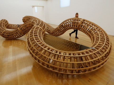 Turner Prize-winning sculptor Richard Deacon makes great shapes at Tate Britain