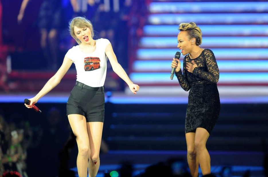 Taylor Swift surprises fans at the O2 as Emeli Sande takes to stage for duet
