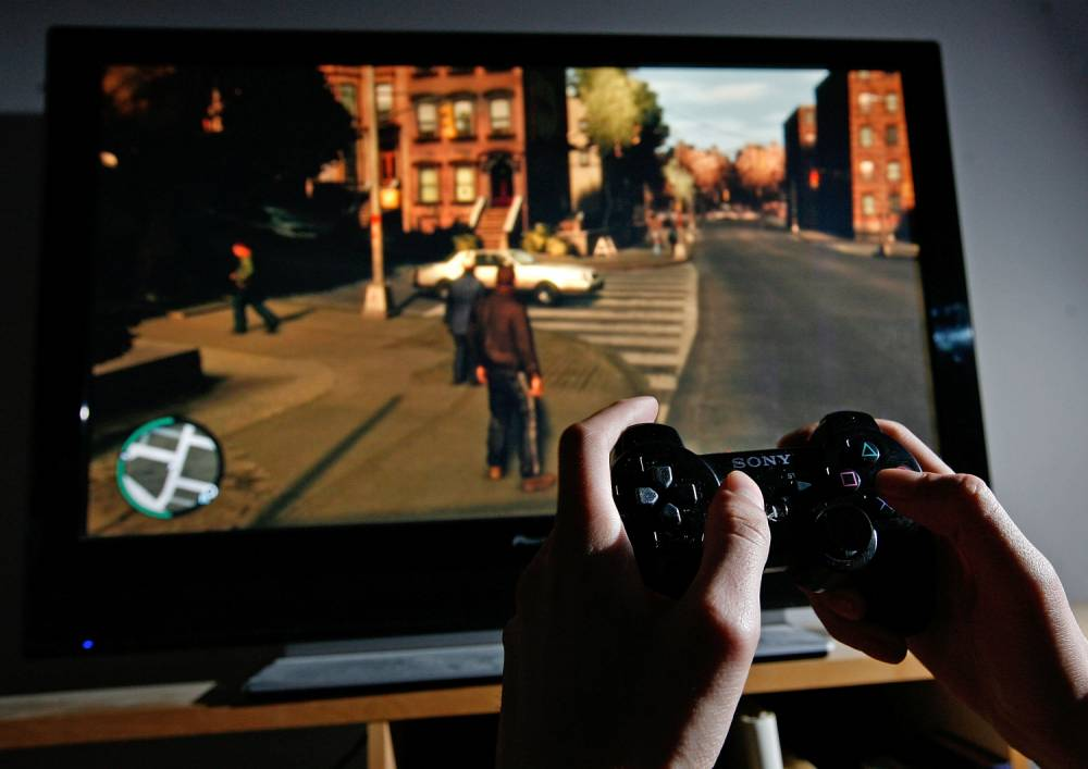 Warning over children 'acting out rape scenes from Grand Theft Auto' in playground