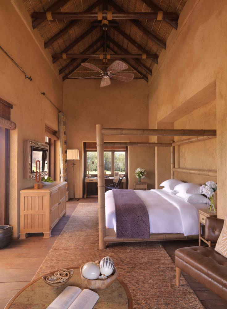 Visit Abu Dhabi's Anantara Al Sahel Villa Resort and get ready to play spot the oryx