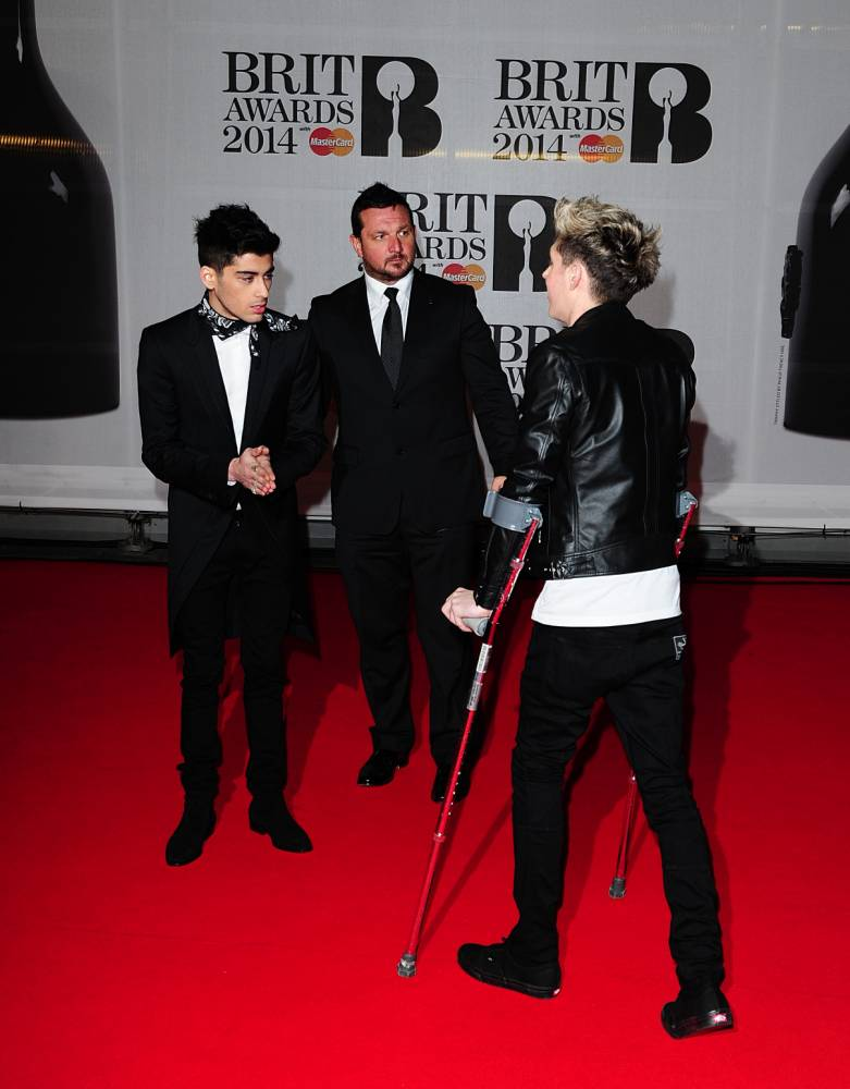 One Direction's Niall Horan on crutches and the top six celebs in plaster