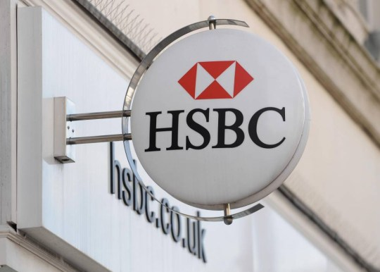 Stuart Gulliver: HSBC awards £8million pay package to boss