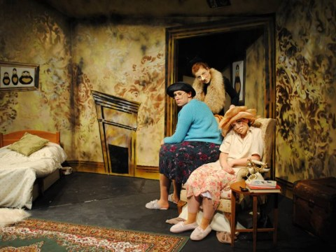 Storm In A Teacup at the Park Theatre is a lukewarm attempt