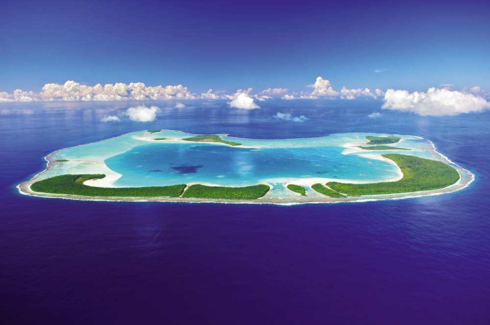 Marlon Brando's Tahitian hideaway Teti'aroa (Picture: tim-mckenna.com)