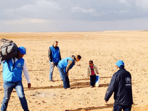 Did a four-year-old Syrian boy get separated from his family crossing the desert alone into Jordan?