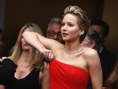 7 pictures from the Oscars that cemented our love for Jennifer Lawrence