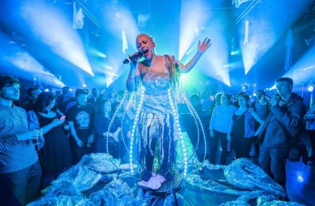 Charlotte Church does Avatar