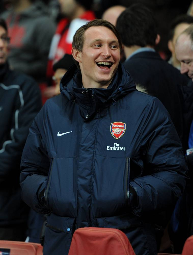LONDON, ENGLAND - FEBRUARY 19:  Kim Kallstrom of Arsenal before the UEFA Champions League Round of 16 match between Arsenal and Bayern Munich at Emirates Stadium on February 19, 2014 in London, England.  (Photo by David Price/Arsenal FC via Getty Images)