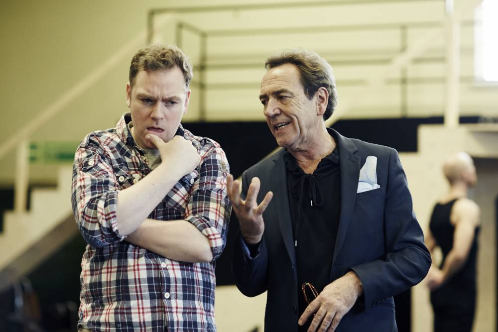 Rufus Houndand Robert Lindsay star in Dirty Rotten Scoundrels (Picture: Helen Maybanks)