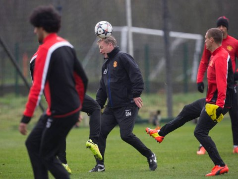David Moyes' shows off woeful-looking football skills during cringeworthy Manchester United training session