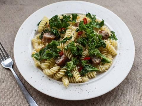 Recipe: How to make fusilli and spicy kale