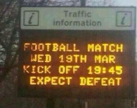 Manchester United 'trolled' by amusing roadside sign ahead of Olympiakos showdown