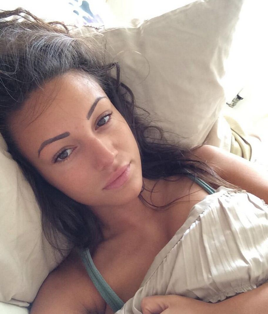 From Michelle Keegan to Bar Refaeli: The 5 most depressing no make-up selfies