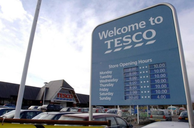 Couple sues Tesco claiming food poisoning from chicken wrecked her IVF bid