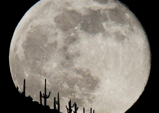 The sky's the limit for this year's New Year's Eve 'blue moon'