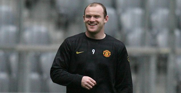 Manchester United's Wayne Rooney training ahead of tonight's quarter-final against Bayern Munich
