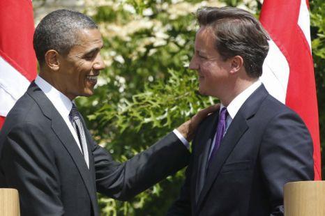 US President Barack Obama and British Prime Minister David Cameron shake hands after a joint news conference at Lancaster House