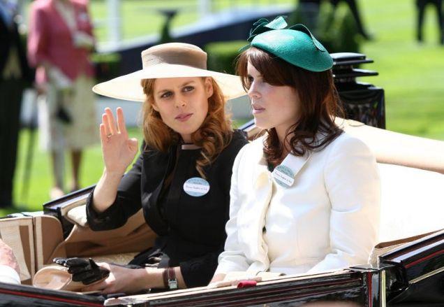 Glee cameo Princess Beatrice and Princess Eugenie