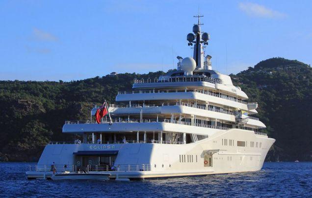 Roman Abramovich, Yacht, Chelsea