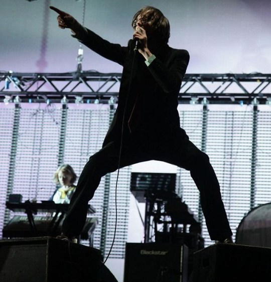 Jarvis Cocker and Pulp on main stage Reading Festival 2011