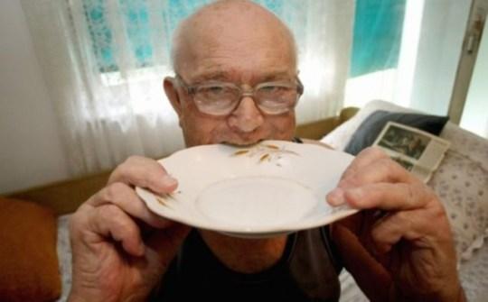 Branko Crnogorac, Serbia, metal eating