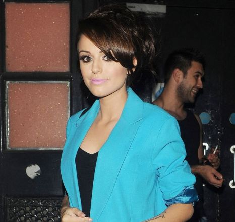 Cher Lloyd treats Twitter fans to video of secret With Ur Love one