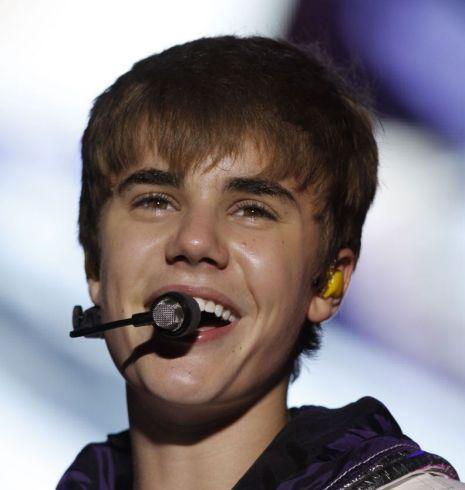 Justin Bieber, Twitter.