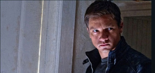 First official photo of Jeremy Renner as Aaron Cross in The Bourne Legacy