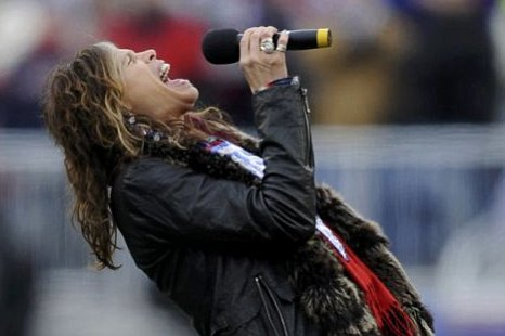 Aerosmith singer Steven Tyler sings the national anthem before the New England Patriots met the Baltimore Ravens in the NFL AFC Championship football game in Massachusetts