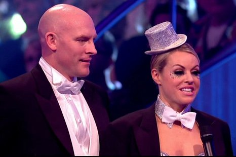 Chemmy Alcott says her goodbyes on Dancing On Ice (Picture: ITV)
