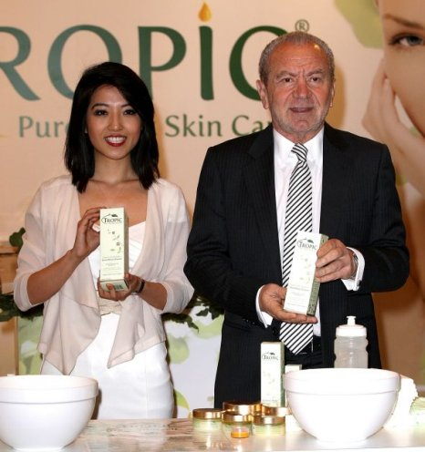 Susan Ma and Lord Sugar pose with their new Tropic products (Picture: Getty)