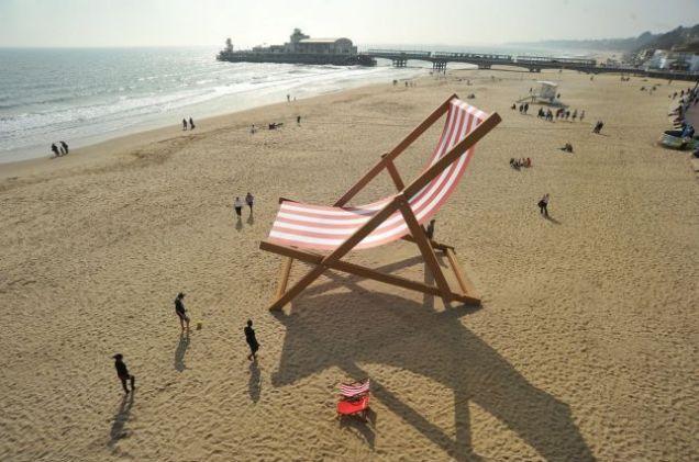 world's largest deckchair in Bournemouth