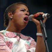 Kelis has demanded thousands of dollars in baby supplies from Nas