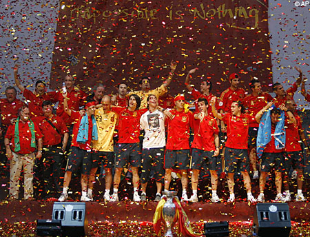 Spain homecoming