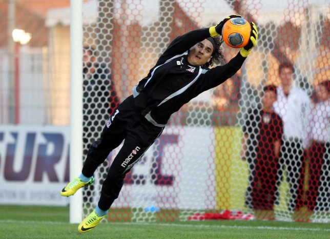 9c43efaed Liverpool transfer news: Reds target Guillermo Ochoa open to move to ...