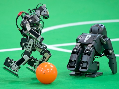 Roboting it like Beckham – Robocup kicks off in Germany