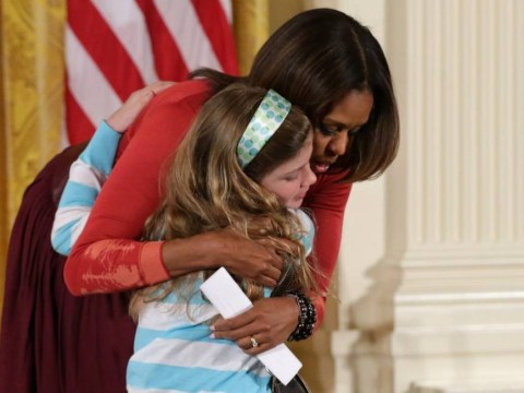Michelle Obama receives CV from girl with unemployed dad