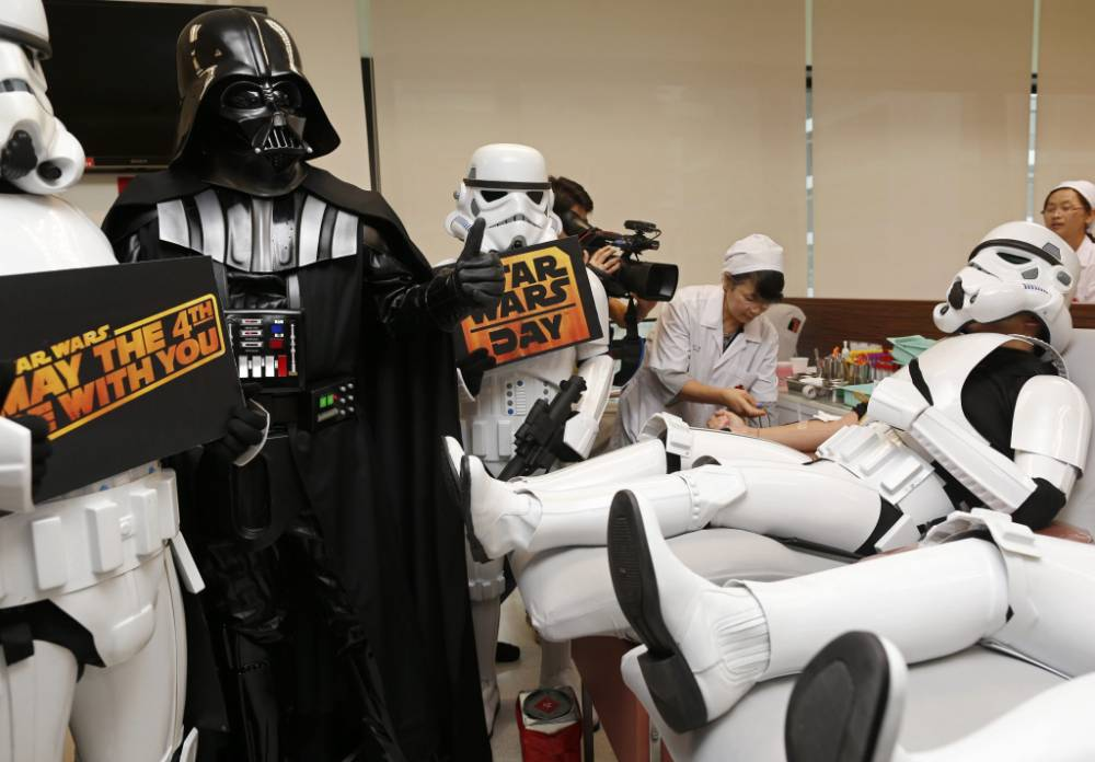 'The force is strong with you': Stormtroopers give blood for Star Wars Day 2014