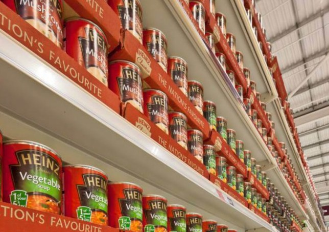 D0N9PD Display of tinned soup in a supermarket. Image shot 2012. Exact date unknown.