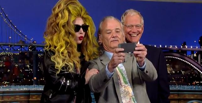 Bill Murray takes impressively awkward selfie with Lady Gaga and David Letterman as part of his bucket list
