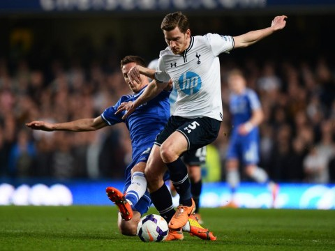 Jan Vertonghen to wait on new boss before deciding Tottenham future
