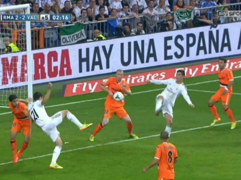 Cristiano Ronaldo's stunning backheel volley keeps Real Madrid title dream alive – video