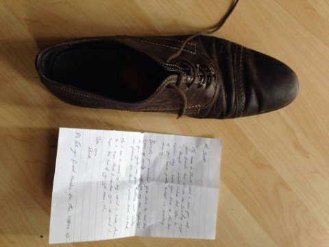 Welsh cabbie mails a drunken stag his missing shoe, declared a hero